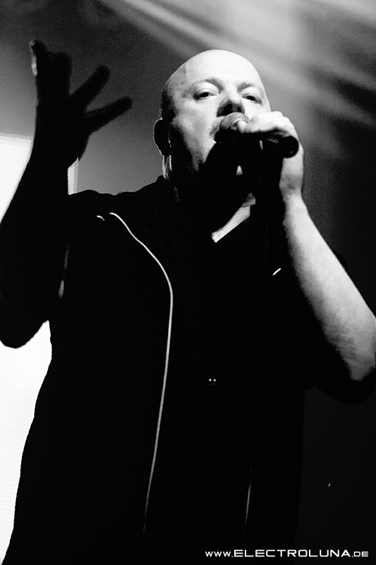 "Konzertbilder von VNV Nation ""Transnational Tour 2014"""